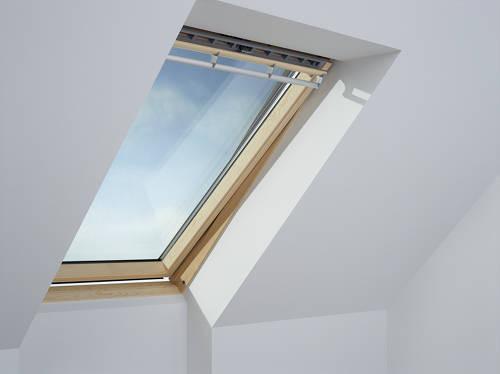 Fenêtre de toit VELUX à rotation 134x98 cm - Standard Bois - GGLUK04 3054