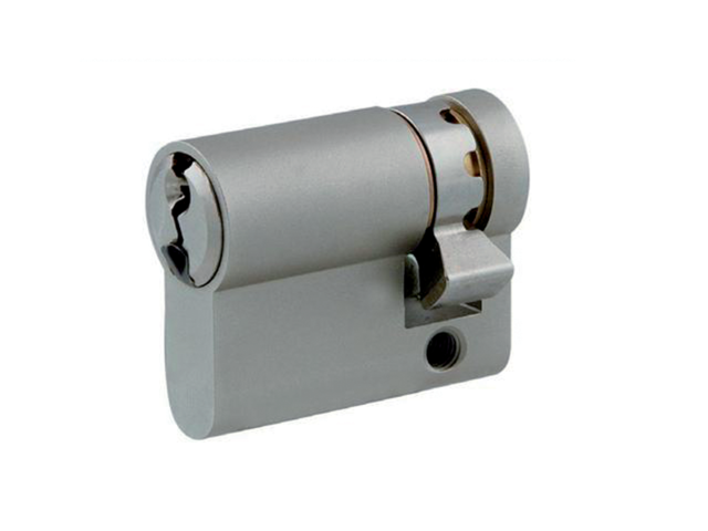 Demi-cylindre Europa KABA - Laiton poli - 10x30mm - Sur passe général - Simple - 3clés