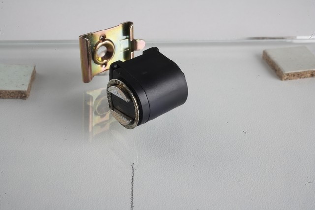 Loqueteau compact CF12 6Z ARELEC - Noir - A pointer - 0542045