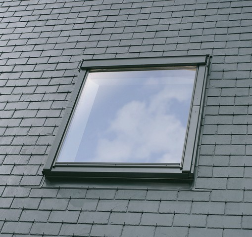 Fenêtre de toit VELUX à rotation - Confort - Motorisation Integra - GGU CK02 007621 55x78