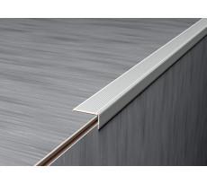 Nez de marche strié adhésif L.3m 3M pour sols fins - 228900D